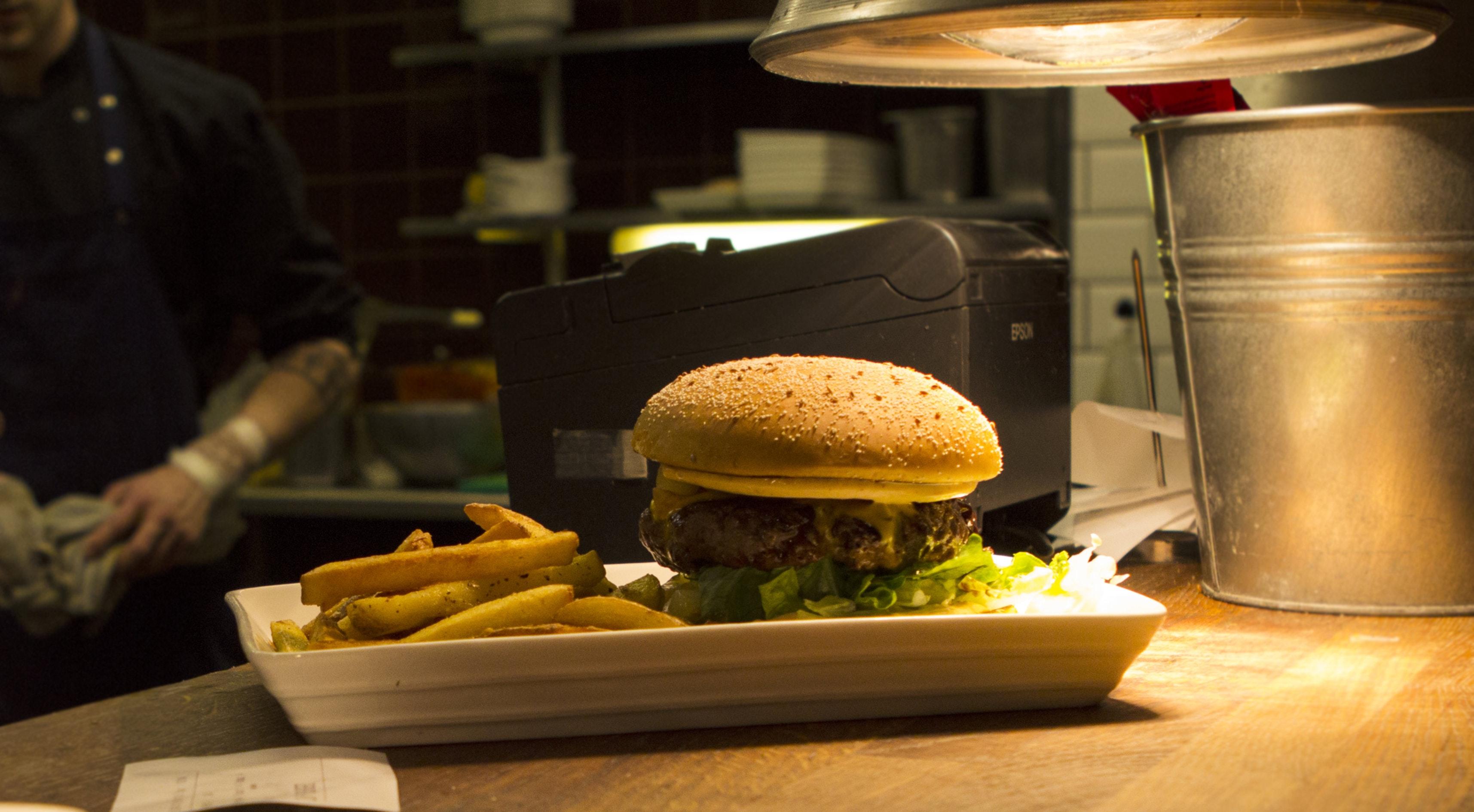 Kiila Food & Bar