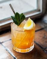Tislaamo - Distillery Bar