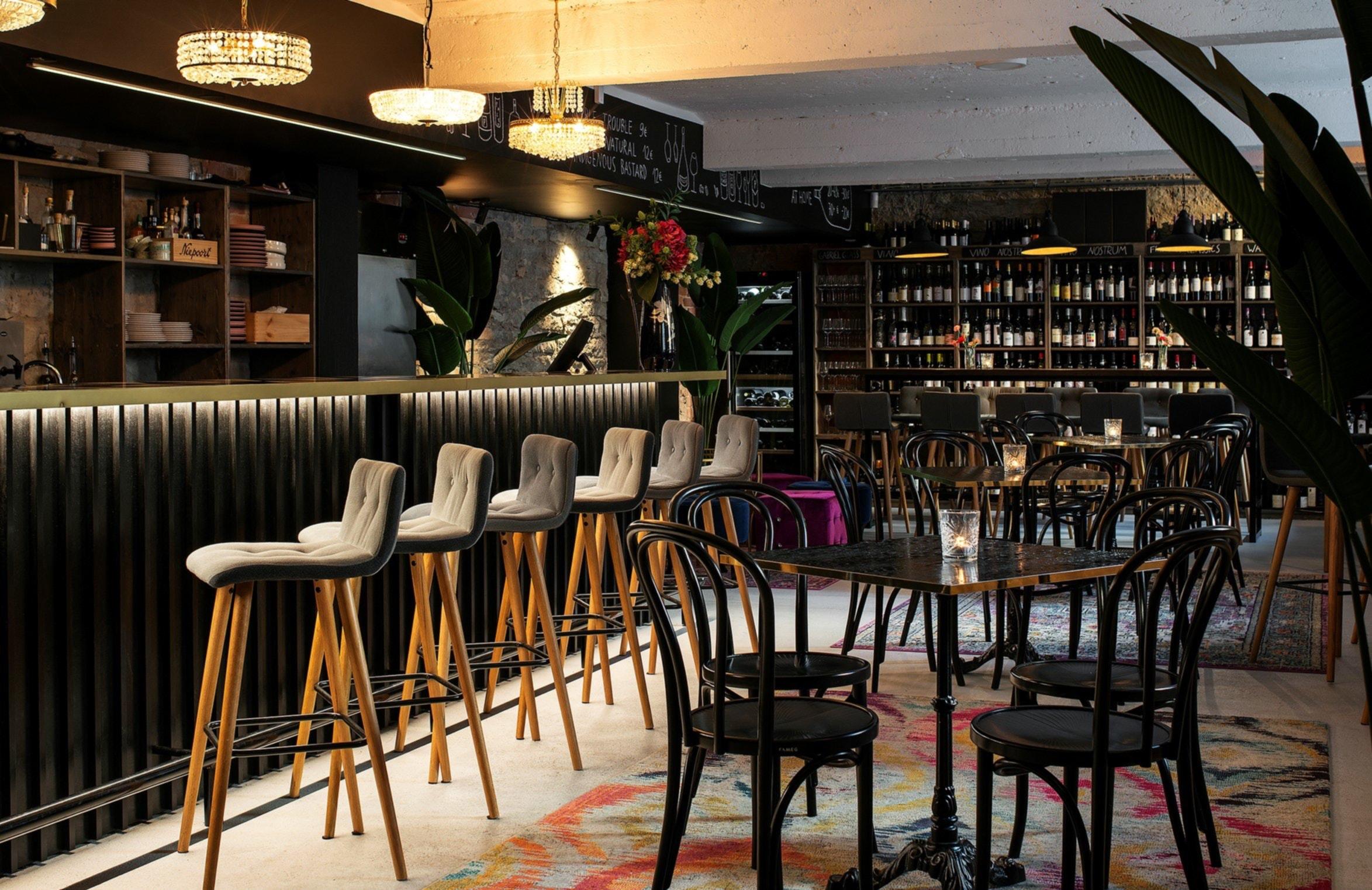 Pazzo Wine Bar